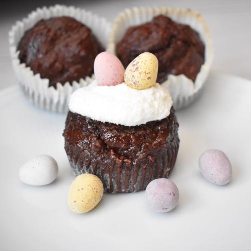 mini egg cupcake
